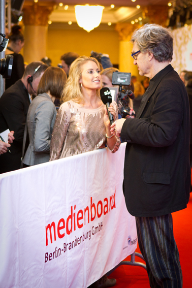 http://svenia-andresen.de/files/gimgs/68_berlinale04vw.jpg
